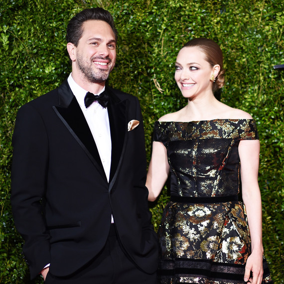 Amanda Seyfried and Thomas Sadoski are engaged