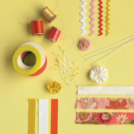 ribbon-how-to-mwd103764-flower-0515_vert.jpg