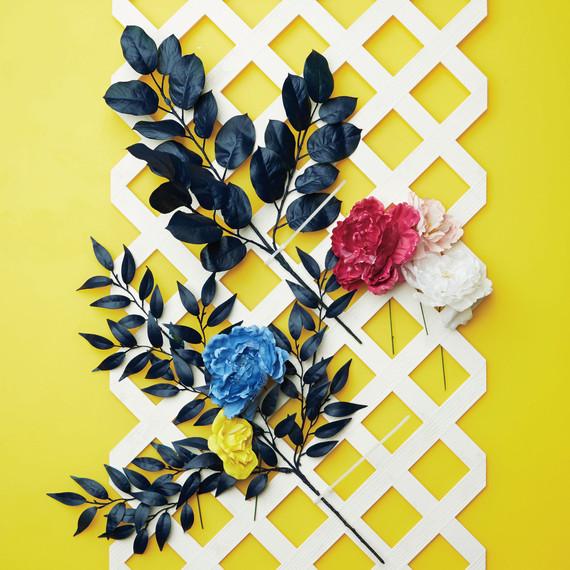 workbook-diy-flower-wall-final-d112701.jpg