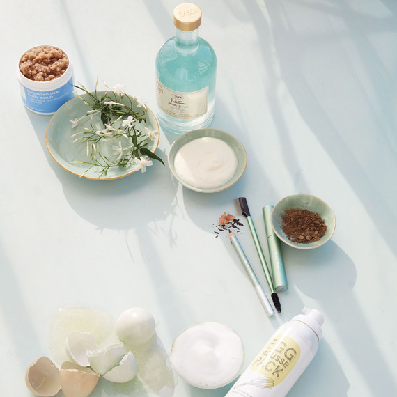 beauty-products-blue-themed-facial-soap.jpg