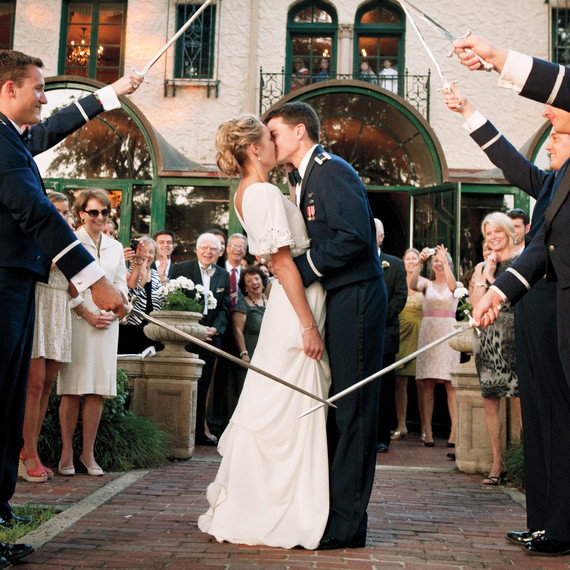 5 Ways To Honor Your Military Bride Or Groom On Your