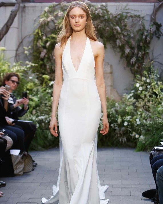 38 Simple Wedding Dresses That Are Just Plain Chic