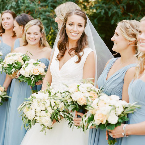 bridesmaid bouquets white