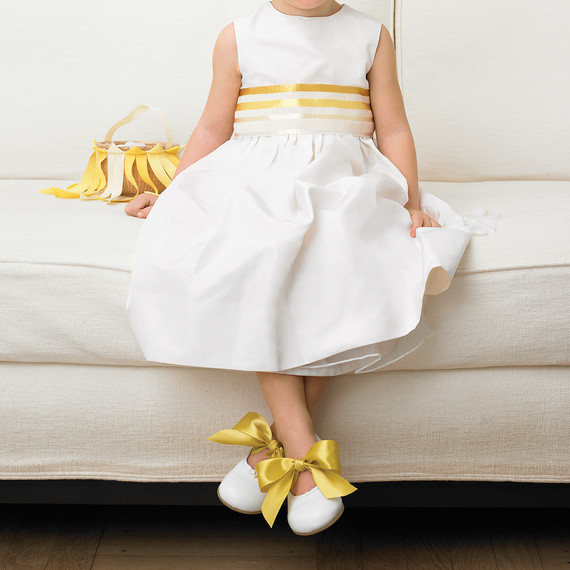ribbon-bow-diy-mwd103633-flower-girl-0515.jpg