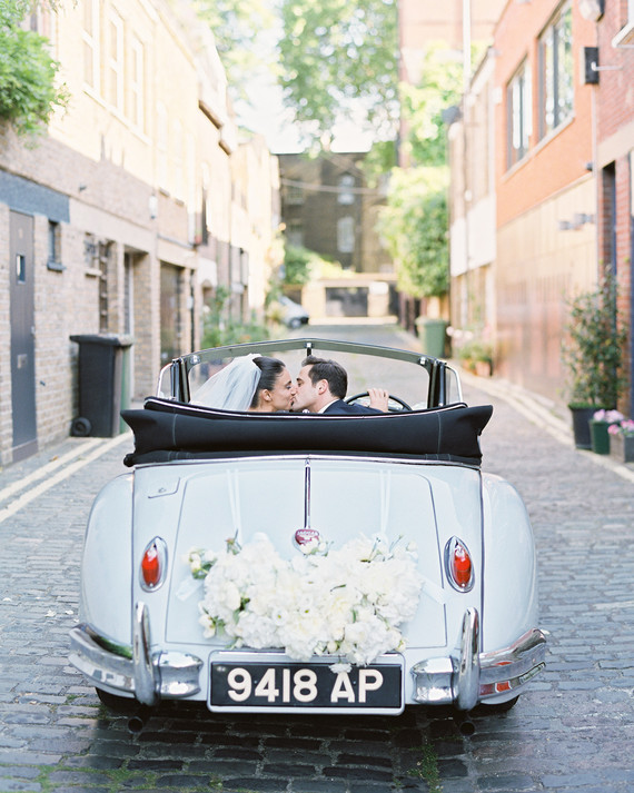 Ride Off Into the Sunset with These Wedding Getaway Car Ideas