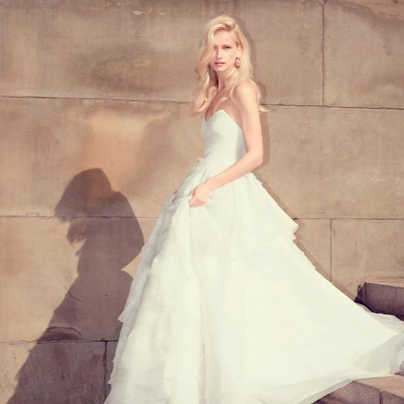 moda-operandi-j-mendel-bea-wedding-dress-0515.jpg