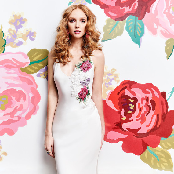 v-neck flower and butterfly applique bridal gown