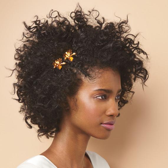 02-adorned-textured-hair-metal-clips-045-d111402.jpg