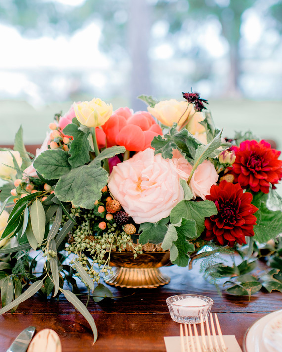Vintage Wedding Centerpieces That Still Look Fresh