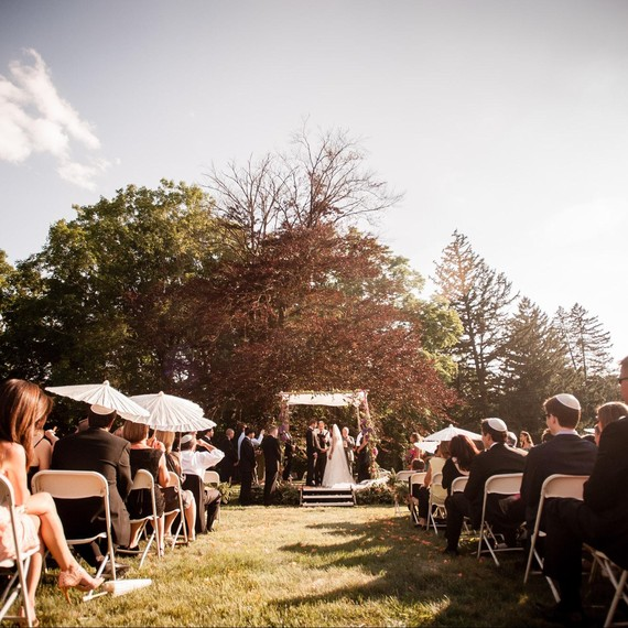 Wedding Halls In Long Island: 6 Best New York Wineries For Hosting A Wedding