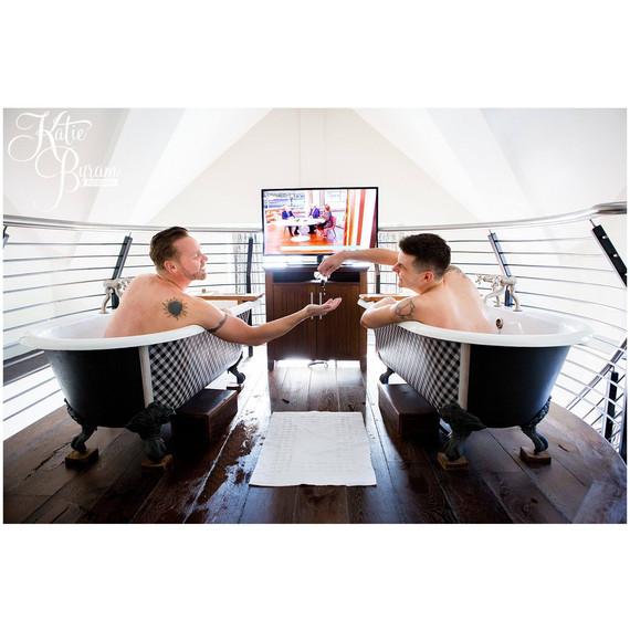 bromantic-photo-shoot-groom-best-man-in-tubs-1215.jpg