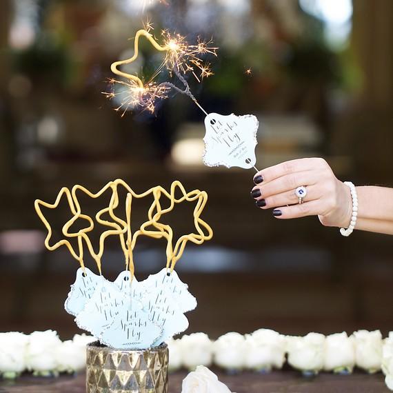 wedding idea sparklers