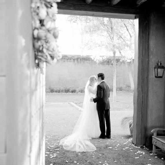 amanda-marty-wedding-marfa-texas-0768-s112329-1115.jpg