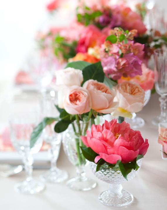 Trending Now: Cluster Wedding Centerpieces