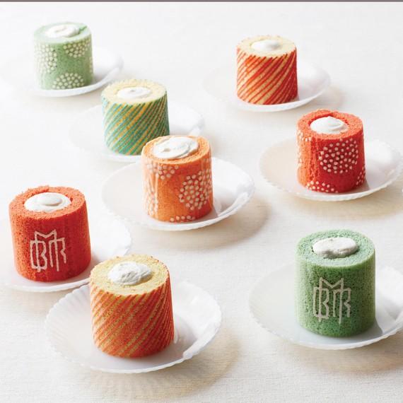 naked-cakes-japanese-individual-sponge-001-d112920.jpg