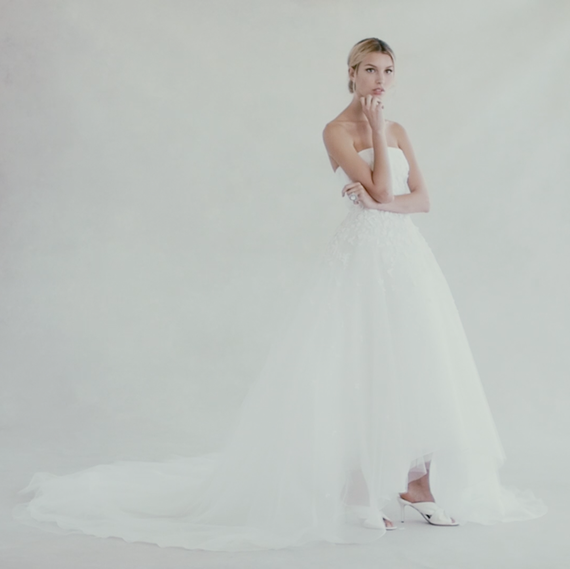 Exclusive be the first to see oscar de la renta 39 s fall for How much do oscar de la renta wedding dresses cost