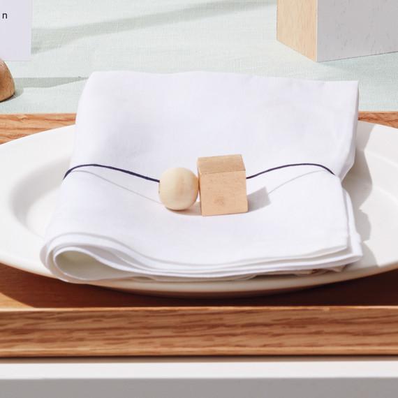 wooden-block-table-setting-napkin-rings-254-d111930-su15-0615.jpg