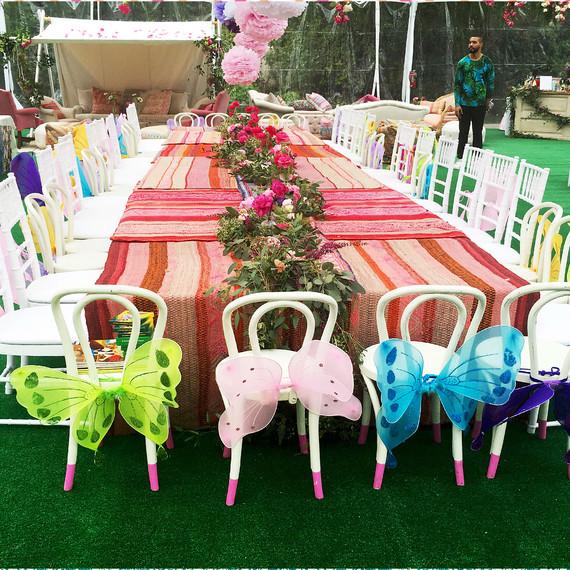 beyonce-blue-ivy-birthday-bridal-shower-inspo-table-setting-0416.jpg