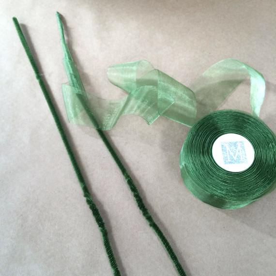 fern-floral-crown-festival-bride-step-1-pipe-cleaner-ribbon-0416.jpg