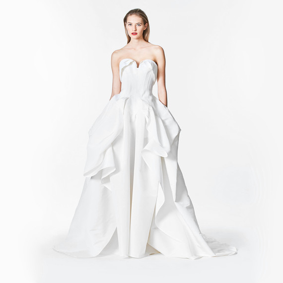 carolina herrera fall 2017 sweatheart white wedding dress
