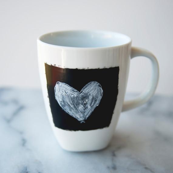 claire-thomas-bridal-shower-tea-diy-chalkboard-coffee-mug-finished-0814.jpg