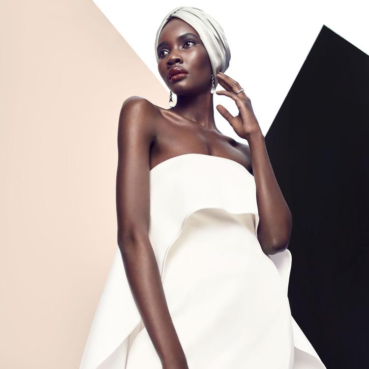 elizabeth kennedy sleeveless gown