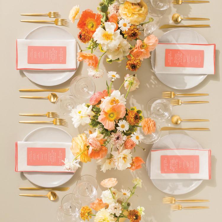 lucky-wedding-ideas-daisy-centerpiece-table-setting-244-d112929.jpg