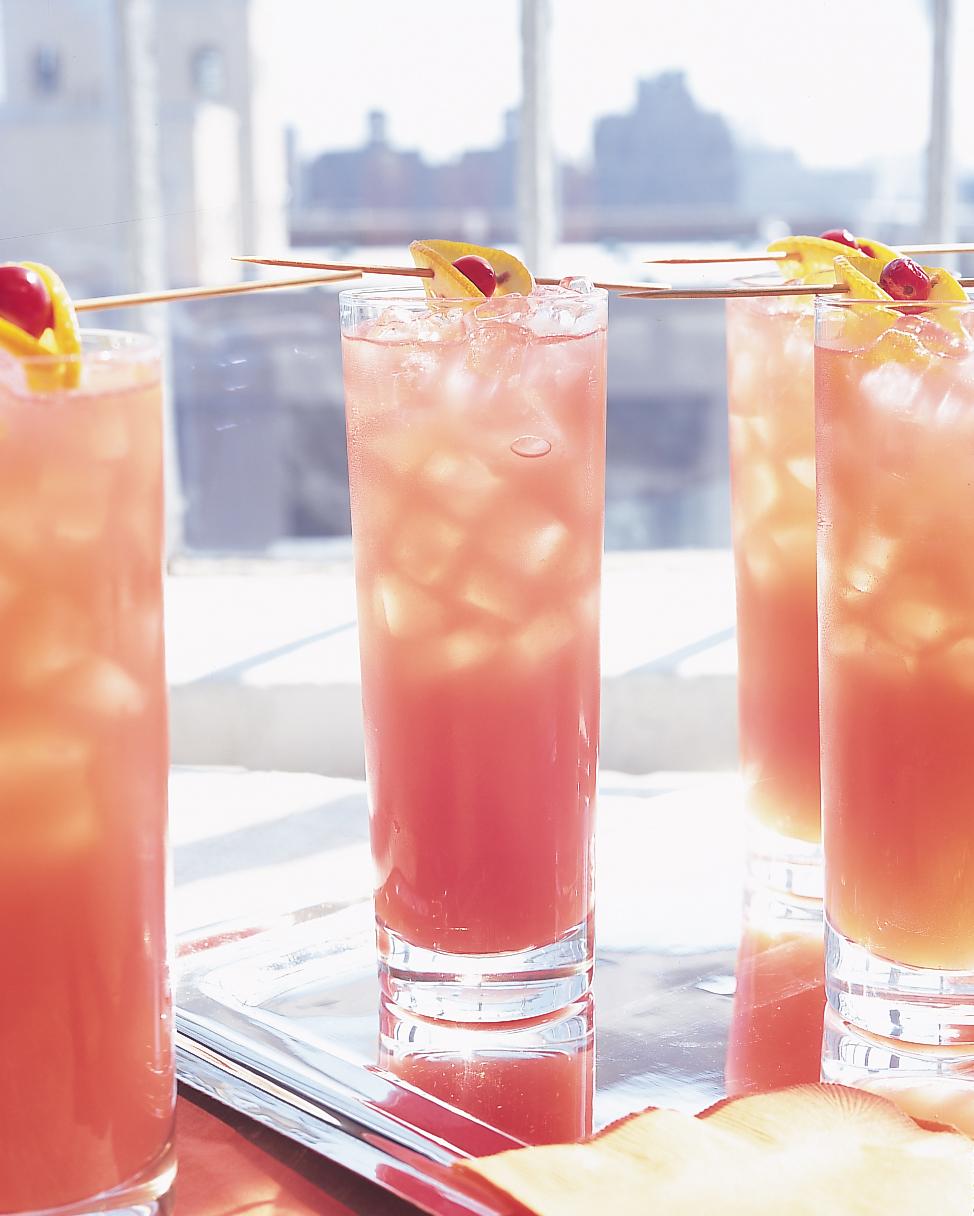 Cranberry-Peach Cocktail