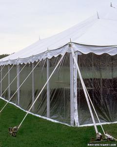 wed_w99_tents_10.jpg