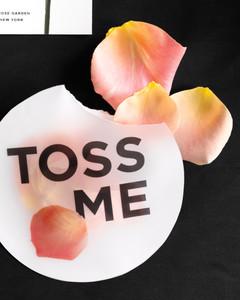 toss-me-mwd110557.jpg