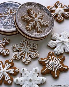 Snowflake Cookie Favors Martha Stewart Weddings
