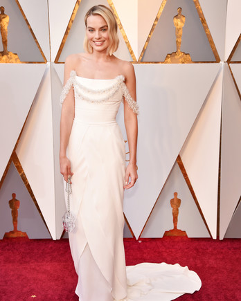 Margot Robbie 2018 Oscars Red Carpet