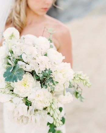 megan-jeremy-wedding-bouquet-41-s112680-0216.jpg