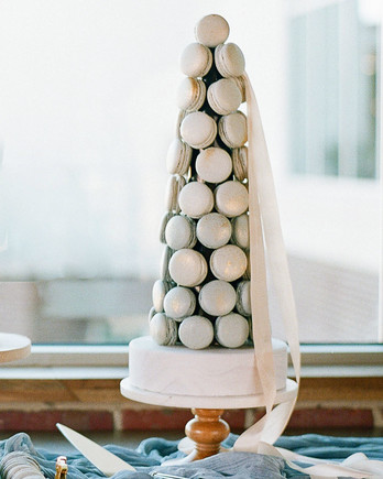 carey jared wedding macarons
