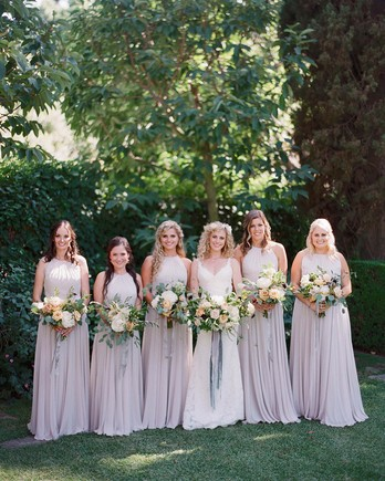 3 Things To Consider When Choosing Spring Bridesmaids Dresses