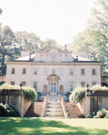 16 Questions You Should Ask While Touring Wedding Venues