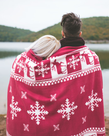 holiday-proposal-couple-wrapped-in-blanket-romantic-1215.jpg