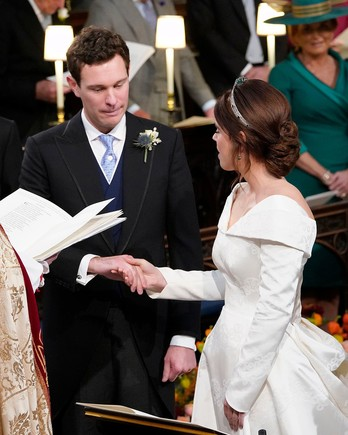 princess eugenie and jack brooksbank exchanging vows