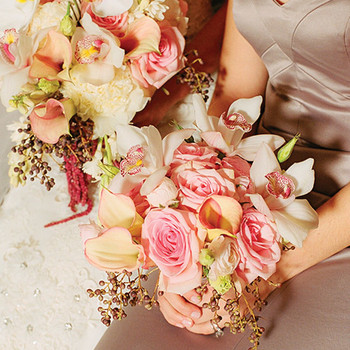 A Traditional Pink-and-Taupe Wedding in Minneapolis, Minnesota