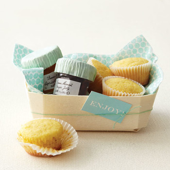 """Enjoy"" Wedding Favor Tag How-To"