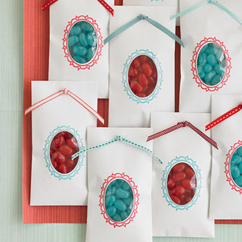 Aqua and Red: Peekaboo Favors