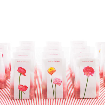 In Full Bloom Wedding Favor Stickers How-To