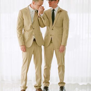 A Modern Orange-and-Blue Outdoor Destination Wedding in California