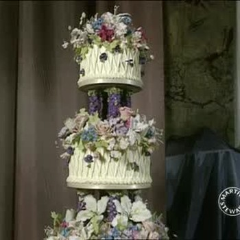 Creating and Transporting Floral Wedding Cakes