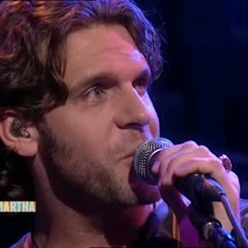 Country Singer Billy Currington Performs a Song