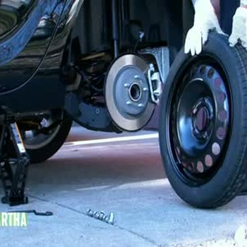 How to Change a Tire and Emergency Car Supplies