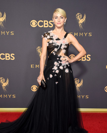 Julianne Hough Emmys Red Carpet 2017