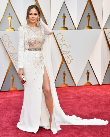 Chrissy Teigen 2017 Oscars Red Carpet