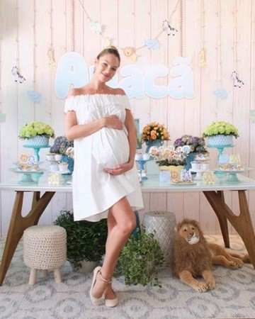 Candice Swanepoel at Her Baby Shower