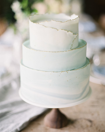 Blue Deckle-Edge Cake with Gold Details